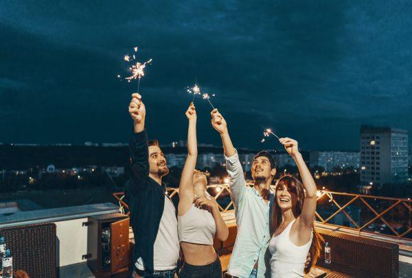Jak rozkręcić nudną imprezę bez prądu