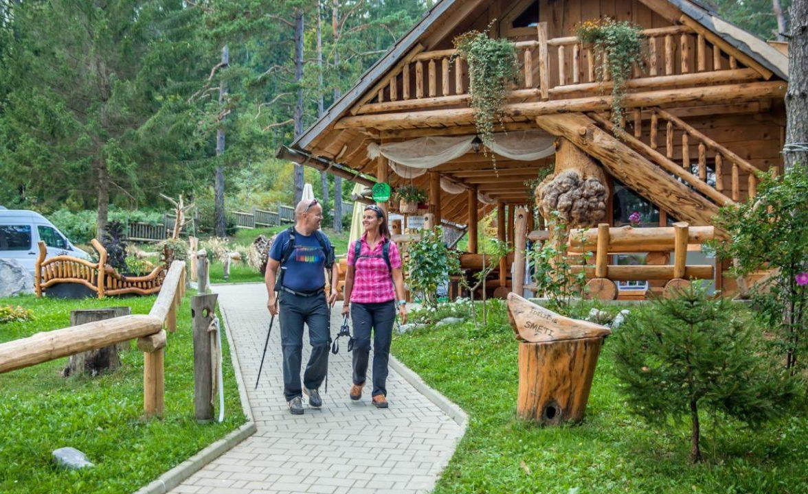 Polacy wybierają domki letniskowe na wakacje